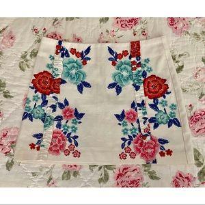 Zara Floral Skirt 🌸